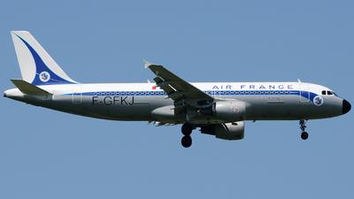 F-GFKJ - Airbus A320-211 - Air France