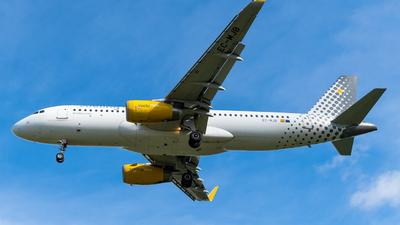 EC-MJB - Airbus A320-232 - Vueling
