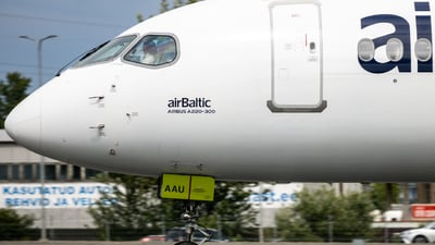 YL-AAU - Airbus A220-371 - Air Baltic