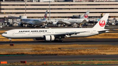 A picture of JA8945 - Boeing 777346 - [28397] - © Chow Kin Hei - AHKGAP