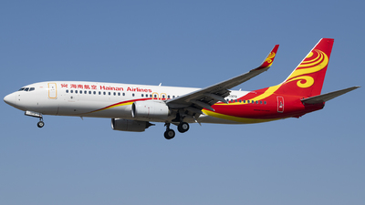 A picture of B1372 - Boeing 73784P - Hainan Airlines - © Tom Cheng