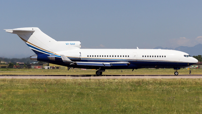 VP-BAP - Boeing 727-21 - Private