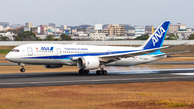 A picture of JA810A - Boeing 7878 Dreamliner - All Nippon Airways - © LUSU