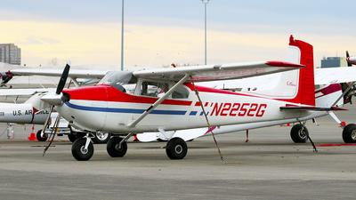 N2252G - Cessna 182A Skylane - Private
