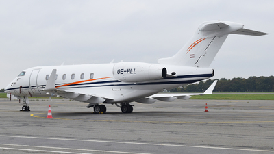 OE-HLL - Bombardier BD-100-1A10 Challenger 300 - International Jet Management
