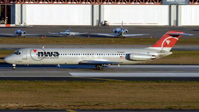 N764NC - McDonnell Douglas DC-9-51 - Northwest Airlines