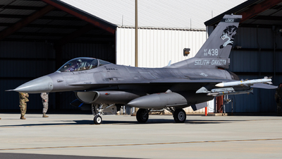 88-0438 - General Dynamics F-16CG Fighting Falcon - United States - US Air Force (USAF)