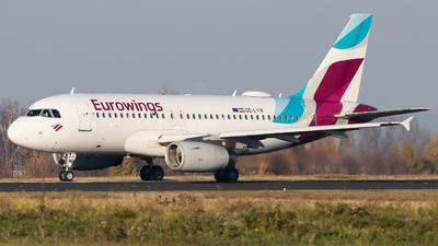 A picture of OELYX - Airbus A319132 - Eurowings - © Holm H