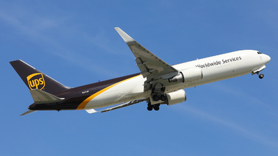 A picture of N301UP - Boeing 76734AF(ER) - UPS Airlines - © Harley Guo