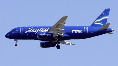 A picture of RA89035 - Sukhoi Superjet 10095LR - Yakutia Airlines - © Mitsuhiro Yamamoto