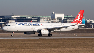 TC-JTI - Airbus A321-231 - Turkish Airlines