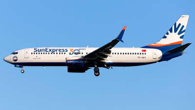 A picture of TCSEY - Boeing 7378HC - SunExpress - © Kris Van Craenenbroeck