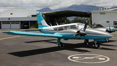 TI-AHU - Piper PA-34-200T Seneca II - Private