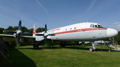 DDR-STH - Ilyushin IL-18 - Interflug
