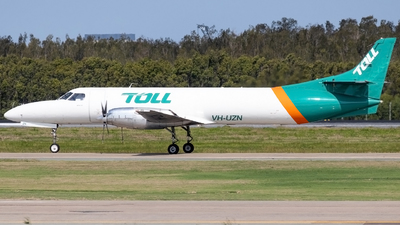 A picture of VHUZN - Fairchild Swearingen Metroliner - Toll Aviation - © Josh Deitz