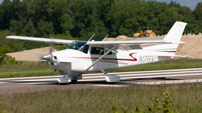 N7RV - Cessna 182Q Skylane - Private