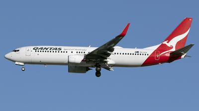 VH-VZX - Boeing 737-838 - Qantas
