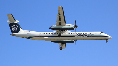 A picture of N413QX - De Havilland Canada Dash 8400 - [4060] - © Jonathan Kang