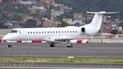 V5-WEW - Embraer ERJ-145LU - Westair Aviation