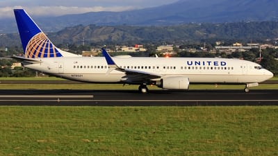 N79521 - Boeing 737-824 - United Airlines