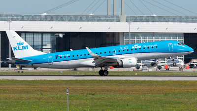 A picture of PHEZG - Embraer E190STD - KLM - © Thomas Ernst