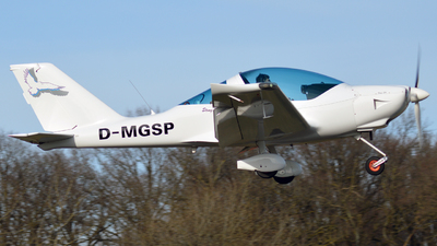 D-MGSP - TL Ultralight TL-2000 Sting S4 - Private