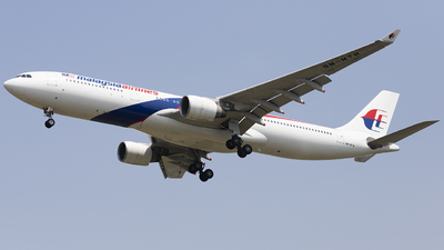 9M-MTM - Airbus A330-323 - Malaysia Airlines