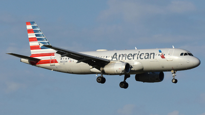 A picture of N652AW - Airbus A320232 - American Airlines - © DJ Reed - OPShots Photo Team