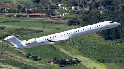 A picture of ECLPN - Mitsubishi CRJ1000 - Iberia - © Leandro Hdez