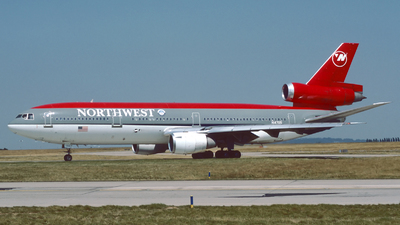 N147US - McDonnell Douglas DC-10-40 - Northwest Airlines
