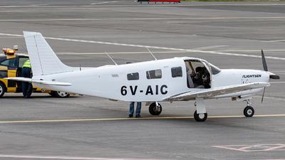 6V-AIC - Piper PA-32R-301 Saratoga II HP - Private