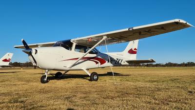 A picture of VHZKY - Cessna 172S Skyhawk SP - [172S12975] - © LIU ZF