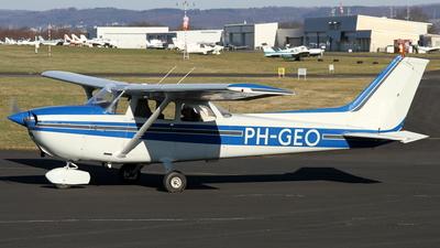 A picture of PHGEO - Cessna F172N Skyhawk - [01837] - © Daniel Schwinn