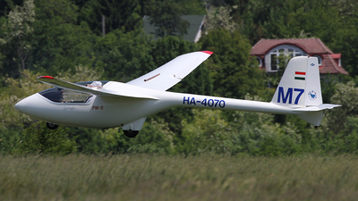 HA-4070 - PZL-Swidnik PW-5 - Private