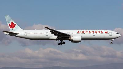 A picture of CFIVR - Boeing 777333(ER) - Air Canada - © Sebastian Sowa