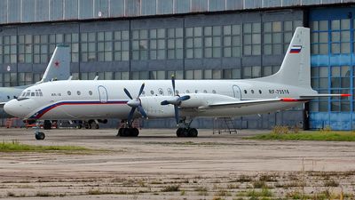 RF-75516 - Ilyushin IL-18V - Russia - Air Force