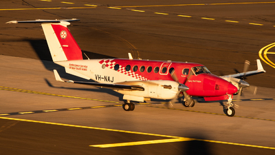 VH-NAJ - Beechcraft B300C King Air 350C - Ambulance Service of NSW