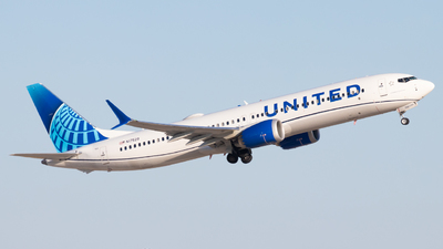 A picture of N17529 - Boeing 737 MAX 9 - United Airlines - © Davin Amy