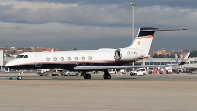 A picture of ECLYO - Gulfstream G550 - [5430] - © Alban Painvin