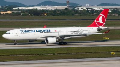 A picture of TCJNA - Airbus A330203 - Turkish Airlines - © Andrew Lesty