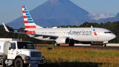 A picture of N997NN - Boeing 737823 - American Airlines - © Brian Boche