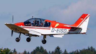 D-EISD - Robin DR400/180R Remorqueur - Private
