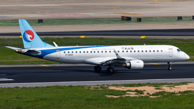 A picture of B3208 - Embraer E190LR - Hebei Airlines - © MAJOREDM