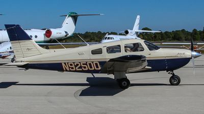 A picture of N92500 - Piper PA28181 - [2890207] - © Gary Guy