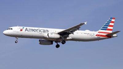A picture of N524UW - Airbus A321231 - American Airlines - © Peter Cook