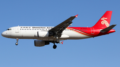 A picture of B6937 - Airbus A320214 - Shenzhen Airlines - © Crazy XuePangpang