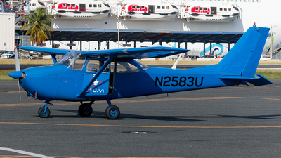 N2583U - Cessna 172D Skyhawk - Private