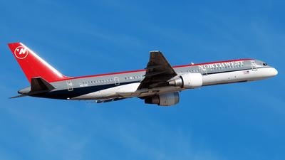 N517US - Boeing 757-251 - Northwest Airlines