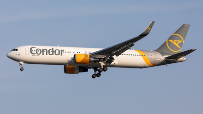 A picture of DABUP - Boeing 7673Q8(ER) - Condor - © Paul Buchröder