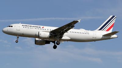 F-GKXT - Airbus A320-214 - Air France